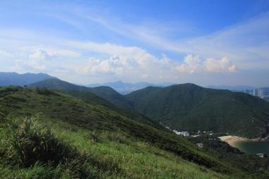 綠悠悠的山脊