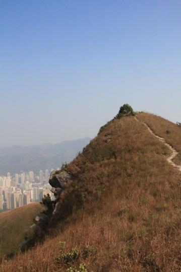像堡壘的山峰