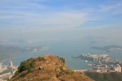 虎視眈眈山下的美景